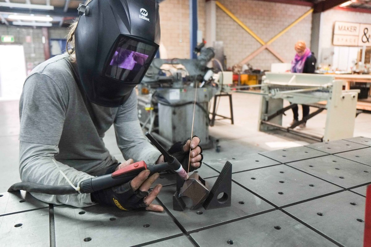 Image: Metal work at MakerSpace, photo by Anna Lise De Lorenzo, Copyright. Courtesy MakerSpace &company 2016