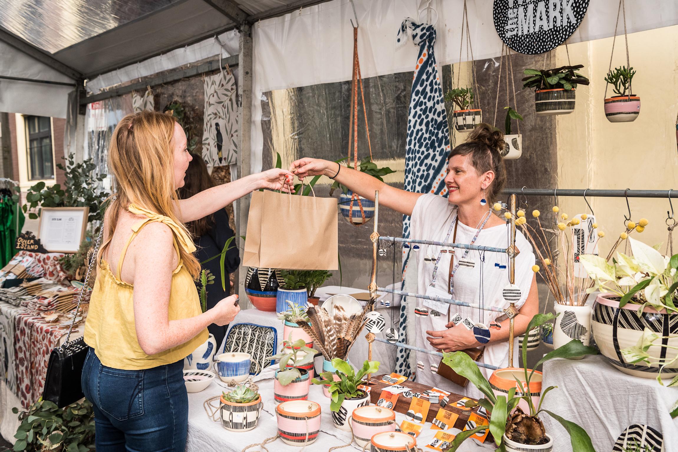 https://sydney-craft-week-prd.s3.amazonaws.com/media/uploads/images/ADC_Maker_Market_2018__Photo_by_Rhiannon_Hopeley.jpg